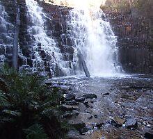 Dip Falls by creid