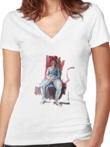 Female model Women's Fitted V-Neck T-Shirt