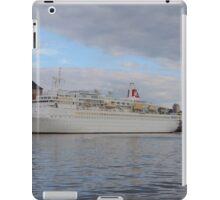 Cruise Ship Black Watch iPad Case/Skin