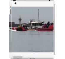 Tug Boat at Work iPad Case/Skin