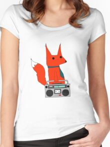 music fox Women's Fitted Scoop T-Shirt