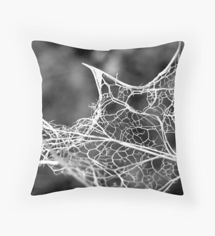 Death of a Holly leaf Throw Pillow