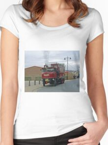 Elizabeth, Steam Bus at Whitby Women's Fitted Scoop T-Shirt