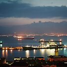 Gibraltar by night  by julie08