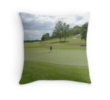 Time to Putt Throw Pillow