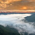Jamison Valley. by Andrew Bosman