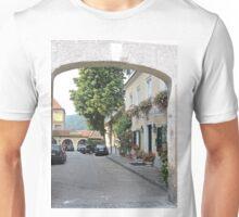 Hotel Richard Lowenherz, Hotel-restaurant Blondel, Durnstein Unisex T-Shirt