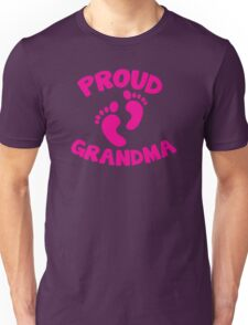 Proud Grandma with cute little maternity feet Unisex T-Shirt