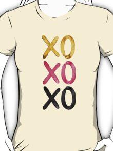 Glamorous XO's  T-Shirt