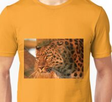Amur leopard in the sun Unisex T-Shirt