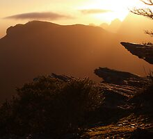 Bluff Knoll Sunrise by Stephen  Williams
