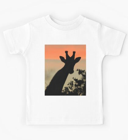 Giraffe Sunset - African Wildlife - Majestic Peace Kids Tee