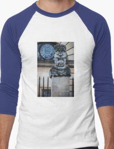 Comical Statue at Oxford University Men's Baseball ¾ T-Shirt