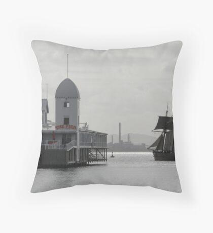 Enterprise sails past The Pier Throw Pillow