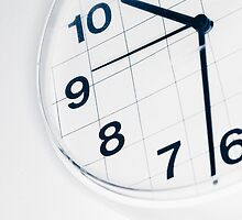 Analog wall clock by JH-Image