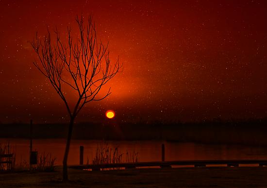 Kitschy sunrise by Kurt  Tutschek