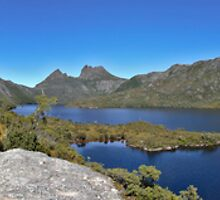 Cradle Mountain by Colin  Ewington