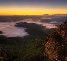 The Gorge - Mount Buffalo by ShaneBooth