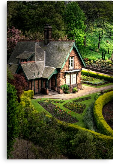 Cottage in the gardens by Thistle Images