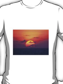 OPEN SEAS SUNSET T-Shirt