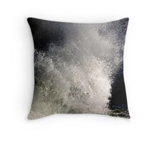 Spirit of the wave Throw Pillow