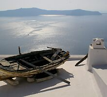 Boat in Santorini by KathrinLegg