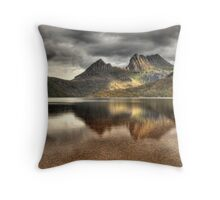 Dove Lake - Cradle Mountain, Tasmania Throw Pillow