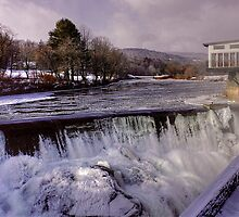 Quechee, Vermont-USA by Nancy Richard