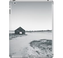 Black and White Old Barn iPad Case/Skin