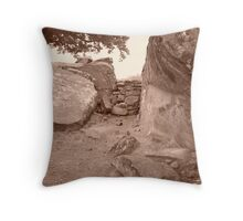 sharpshooter 3 Throw Pillow
