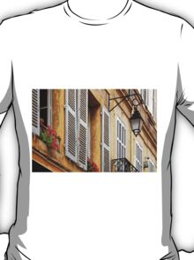 A house in Aix-en-Provence T-Shirt