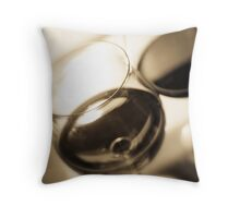 Red wine Throw Pillow