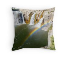 swim for the pot of gold Throw Pillow