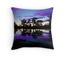 river murray at dusk, wentworth Australia Throw Pillow