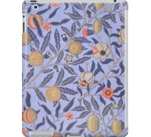 Vintage Tropical Floral Pattern iPad Case/Skin
