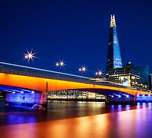 London Bridge & The Shard by Vincent Sluiter