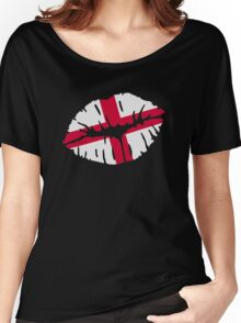 England flag kiss Women's Relaxed Fit T-Shirt
