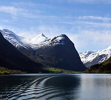 Briksdal glacier, Oldevatnet lake, Norway by buttonpresser