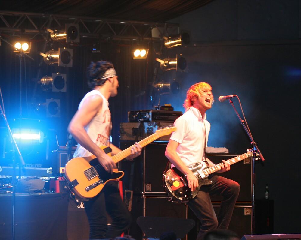 Daniel Sanders and Zoran Trivic from Gyroscope Bass'08 by Kym Smitt