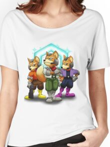 Fox Victory Pose T-Shirt  Women's Relaxed Fit T-Shirt