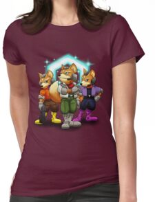 Fox Victory Pose T-Shirt  Womens Fitted T-Shirt