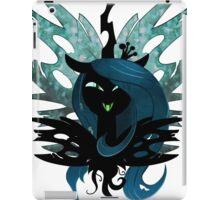 Queen Chrysalis (With wings in BG) iPad Case/Skin