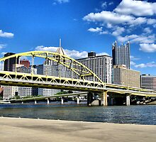 Pittsburgh by Lyndsay81