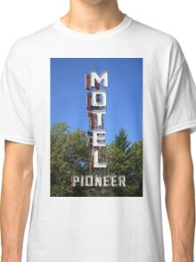 Route 66 - Pioneer Motel Classic T-Shirt