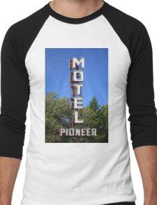 Route 66 - Pioneer Motel Men's Baseball ¾ T-Shirt