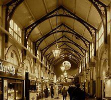Victorian Market by Matthew Colvin de Valle
