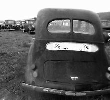 voitures Black & White - cars  18 (n&b)(t) Konica T3 28 mm F/3.5  by Olao-Olavia / Okaio Créations Montluçon 1977 by Okaio - caillaud olivier