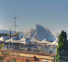 Sydney Sails by Robyn Smith
