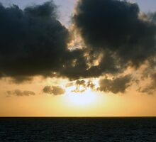 The setting sun by christhepostman
