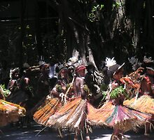 Dancers Port Moresby by Ian McKenzie